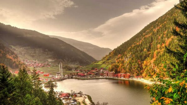 التي يمكنك القيام بها في بحيرة اوزنجول e1579700500814 - السياحة في بحيرة اوزنجول بتركيا