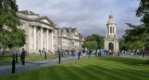 اللجوء إلى ايرلندا