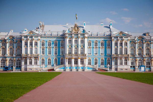 إجراءات الهجرة الى سان بطرسبرغ