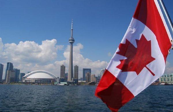 تقديم طلب لجوء عبر الانترنت الى كندا بالخطوات
